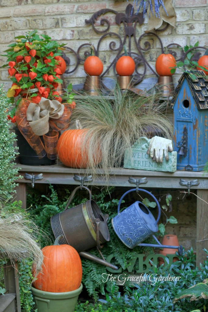 My fall potting bench.